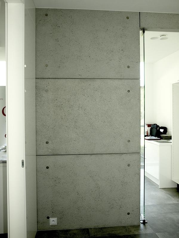 Dekoracyjne płyty betonowo na ścianę.